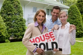 sold_home_agent_couple